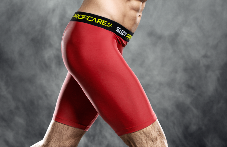 6402 Compression Shorts - Red